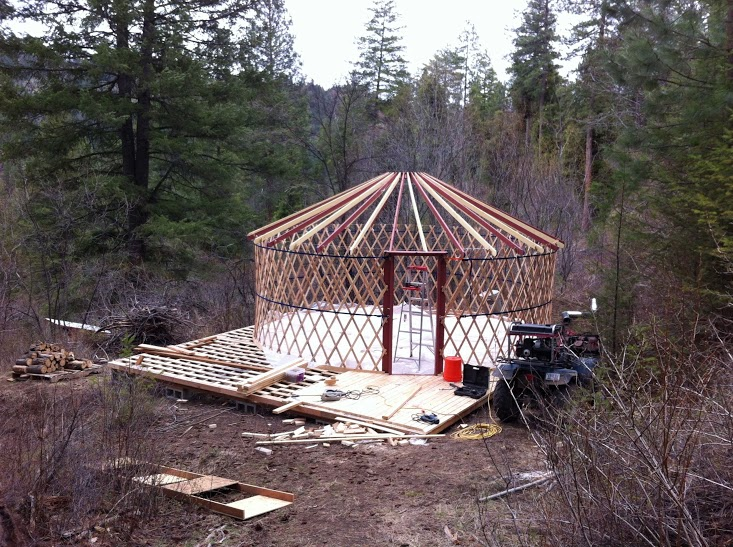 EPS 29: If a House and a Tent had a Baby: A homesteader tells all